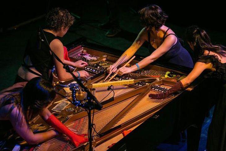 ショーケースで演奏する「ピアノーケストラ」 cEric van Nieuwland、Classical:NEXT 2016