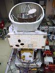 欧州の水星探査機と結合した宇宙航空研究開発機構(JAXA)の水星磁気圏探査機「MMO」(上)。この状態でロケットに搭載され地球を出発する=6月、オランダ(JAXA提供)
