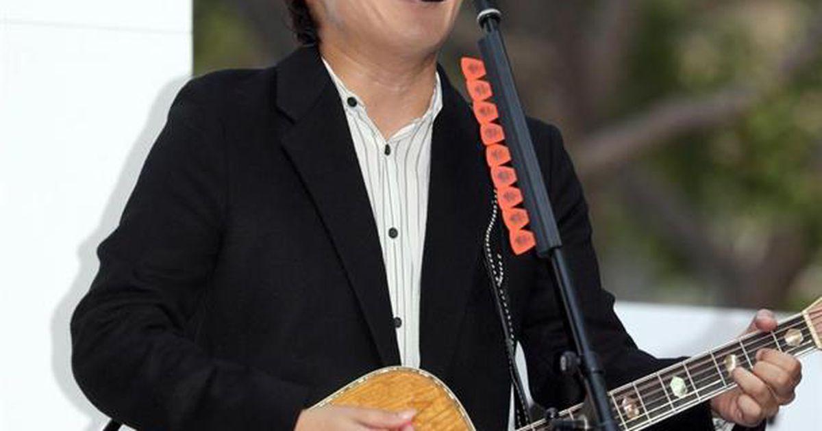 小渕 君が代 コブクロ コブクロ・小渕健太郎氏の「君が代」斉唱事件 失敗の理由をミュージシャン達が分析