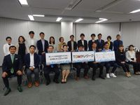 TDMテレワークに参加する企業の代表者たち=16日、東京都杉並区(松村信仁撮影)